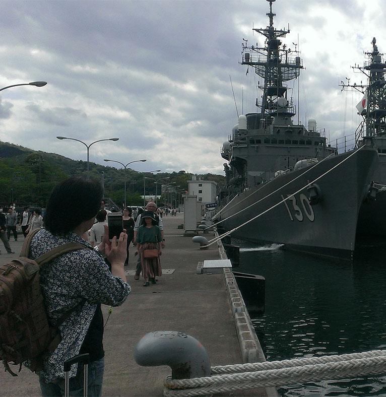 休日のぶらり旅行で護衛艦を見に行きました